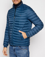 Vezi produsul TOMMY HILFIGER PACKABLE DOWN JACKET in magazinul politikos.ro