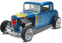 Vezi produsul REVELL 1932 Ford 5 Window Coupe 2n1 in magazinul varuna.ro
