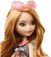 Vezi produsul Papusa Ever After High Ashlynn Ella Party in magazinul ookee.ro