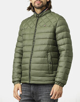 Vezi produsul TOMMY HILFIGER C LIGHT WEIGHT PADDED BOMBER in magazinul politikos.ro