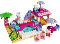 Vezi produsul Bungalow Play Big Hello Kitty in magazinul nichiduta.ro