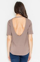 Vezi produsul Brown Low Back Blouse with Asymmetrical Hemline in magazinul molly-dress.com