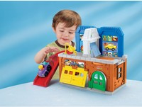 Vezi produsul Garaj si spalatorie auto Fisher Price Little People in magazinul all4baby.ro
